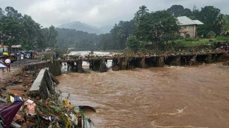 Decision to open shutters of all dams amid flood situation in Kerala, red alert issued on 10 dams