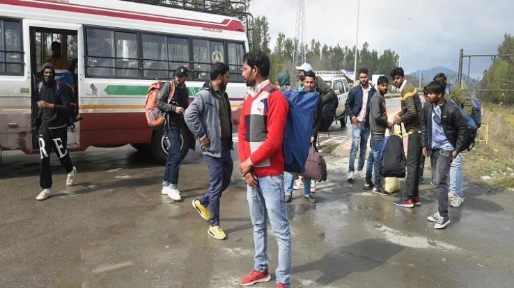 People's exodus started after attack on civilians in Jammu and Kashmir, new alert issued regarding terrorist conspiracy