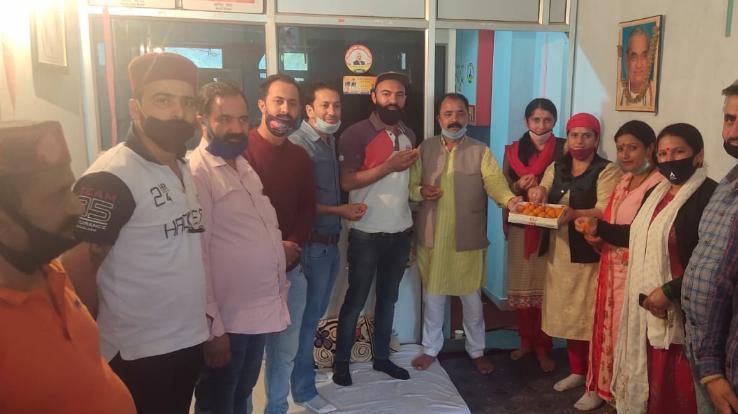 प्रदेशाध्यक्ष के रूप में सुरेश कश्यप की ताजपोशी पर रोहड़ू भाजपा ने जताई प्रसन्नता