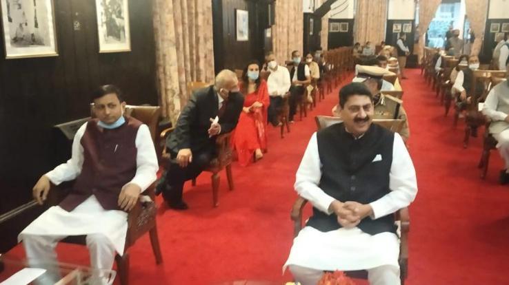 जयराम कैबिनेट को अड़ाई साल के लिए मिले तीन मंत्री
