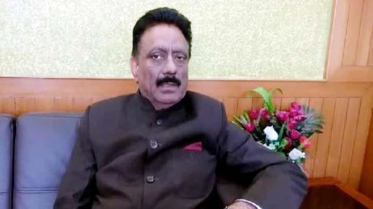 इसलिए राठौर ने की अग्निहोत्री और शिक्षा मंत्री के बेटे पर एफ आई आर की मांग