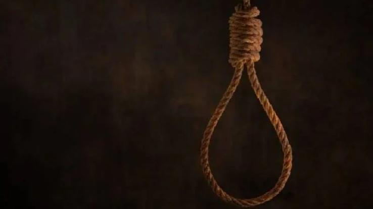 54-yr-old-corona-positive-commits-suicide