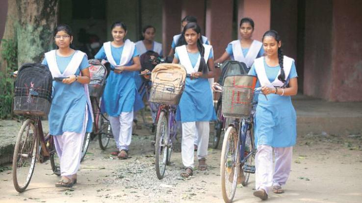 राज्य सरकार बालिकाओं के कल्याण और विकास के लिए प्रतिबद्धः मुख्यमंत्री