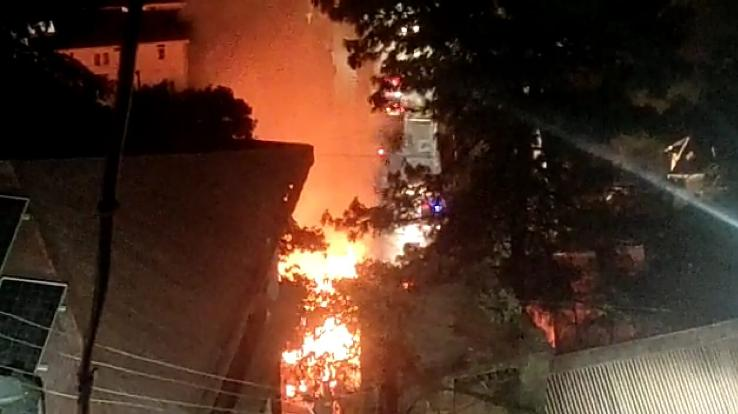 capital-hotel-in-shimla-caught-fire-3-rooms-burned