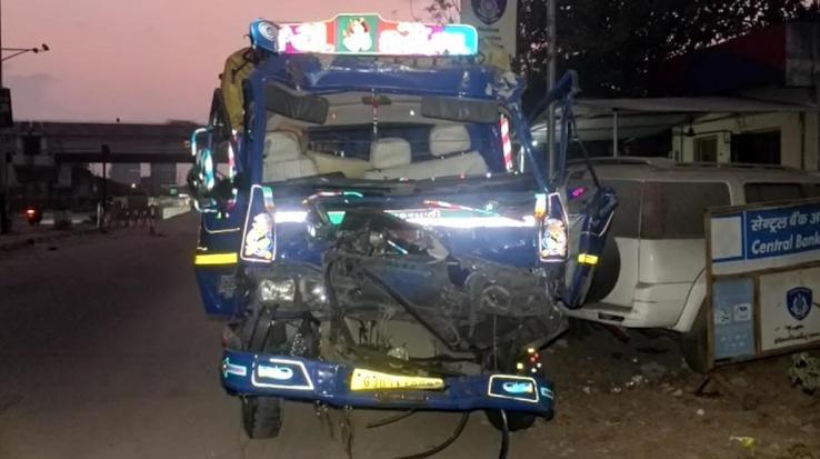 road-accident-gujarat-Vadodara-11-people-reported-dead