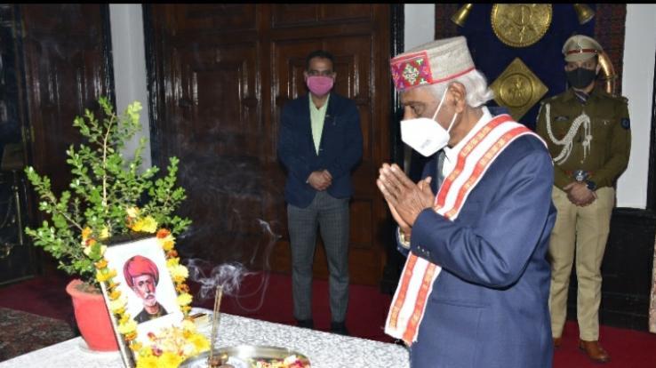 governor-bandaru-dattatreya-paid-tributes-to-jyotirao-phule