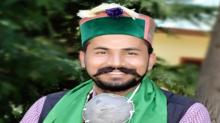Youth-Congress-agitated-over-the-conspiracy-of-saffronisation-of-State-University