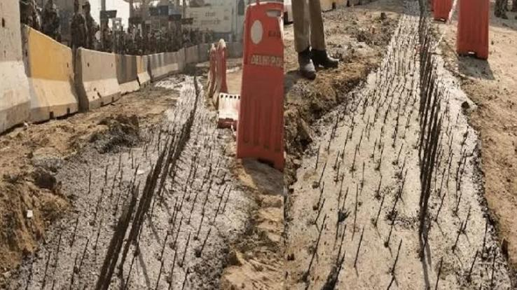kisan-andolan-rahul-gandhi-targets-modi-govt-said-build-bridges-not-walls