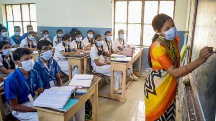 Directorate of government schools and teachers must be sent daily
