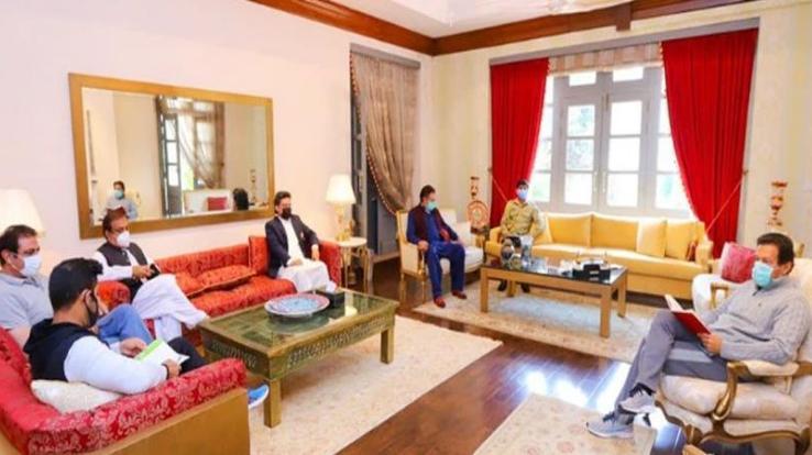 Pakistan PM Imran Khan trolled on social media