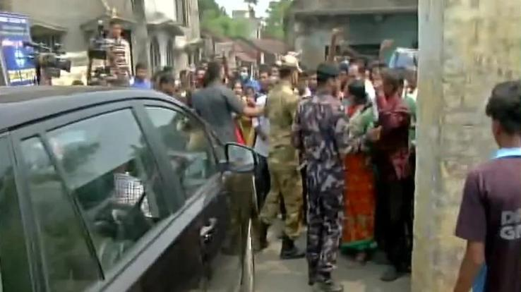 Violent clashes in Bengal election, death of a youth 10-04-2021