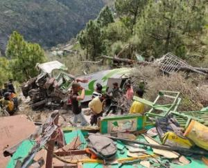 Tragic accident occurred in Chamba, private bus fell into deep gorge, 8 people died