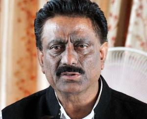 कोरोना को लेकर सरकार नहीं है गम्भीर : कुलदीप राठौर