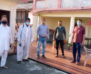राजेंद्र राणा ने संस्था के स्वयंसेवियों की पीठ थपथपाई , गरीब तबके की  मदद के लिए सभी सामाजिक संस्थाओं को आगे आने का किया आह्वान
