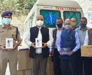 सोलन : उपायुक्त ने प्राप्त की दिल्ली से भेजी गई कोरोना योद्धाओं के लिए स्वास्थ्य सामग्री