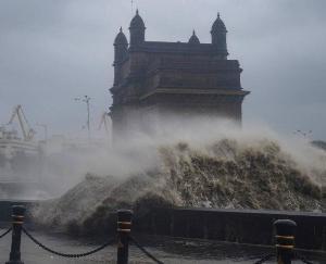 tauktae-cyclone-mumbai-news-18-may