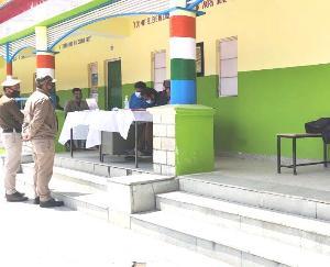 राजकीय वरिष्ठ माध्यमिक पाठशाला रिकोंगपीओ में बनाया गया नया वैक्सीनेशन सेंटर