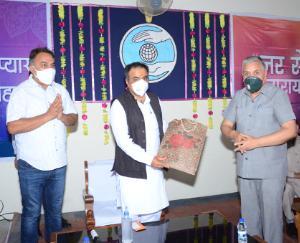 डाॅ. सैजल ने नालागढ़ में संत निरंकारी मिशन द्वारा स्थापित कोविड केयर केन्द्र का किया शुभारम्भ