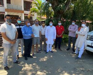सुजानपुर के 33 बूथों पर कार्यकर्ताओं से जाना जनता का हाल, पहुंचाई राहत सामग्री