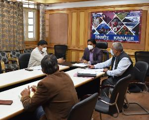 Kinnaur: Deputy Commissioner Hemraj Bairava holds a meeting with the head of the Gram Panchayats through CoronA on a virtual basis.