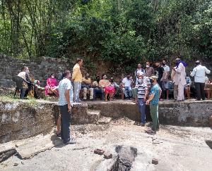 कुनिहार : जाबल झमरोट ग्रामवासियों ने पानी की समस्याओं को लेकर सौंपा मांग पत्र