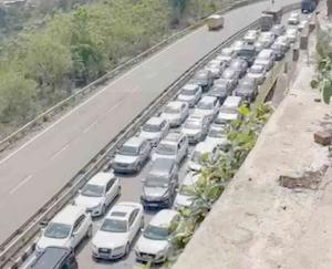 Thousands of tourists reached Himachal PRADESH after relaxation in Corona curfew JUNE 2021 14