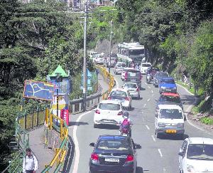 Number of tourists coming to Himachal increasing on the roads JUNE 15 2021