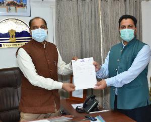सुन्दरनगर के विधायक ने मुख्यमंत्री कोविड-19 सोलिडेरिटी रिस्पाॅंस फंड में किया अंशदान