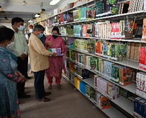 Solan: 697 new books purchased under IDP in Nauni University Library dedicated to students