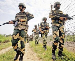 जम्मू-कश्मीर में 135 करोड़ रुपये की हेरोइन के साथ तस्कर ढेर