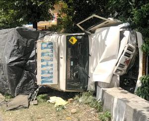 देहरा : ढलियारा में एक्सल टूटने से पलटा टेम्पो