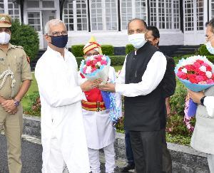 राजेंद्र विश्वनाथ आर्लेकर का शिमला पहुंचने पर अभिंनदन