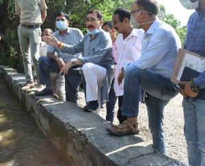 पालमपुर : कूहलों में वर्ष भर पानी की उपलब्धता को सुनिश्चित बनायें अधिकारी : परमार