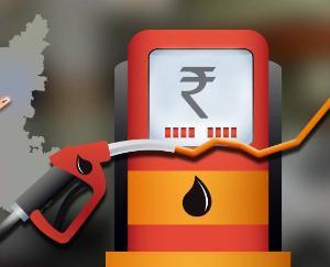 फिर बढ़ी पेट्रोल-डीजल की कीमतें, MP के कुछ शहरों में 112 रुपये पहुंचा पेट्रोल