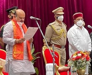 कर्नाटक के नए मुख्यमंत्री बसवराज बोम्मई ने ली शपथ