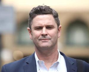 न्यूजीलैंड के दिग्गज क्रिस केर्न्स  कि हालत गंभीर, सिडनी के अस्पताल में किया गया  शिफ्ट