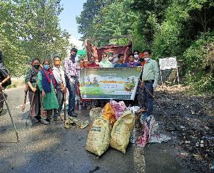 मनाली : चचोगा पंचायत ने चलाया सफाई अभियान