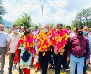 सरकाघाट : विधायक ने किया ग्राम पंचायत खाहन में नवनिर्मित रावमापा खाहन के नए भवन का विधिवत उद्घाटन