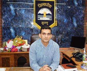 Kullu: Under one nation one ration card scheme, any migrant can get ration- Deputy Commissioner Ashutosh Garg