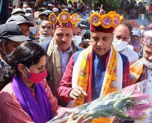 प्रदेश सरकार जनजातीय क्षेत्रों के समग्र विकास के लिए प्रतिबद्धः मुख्यमंत्री