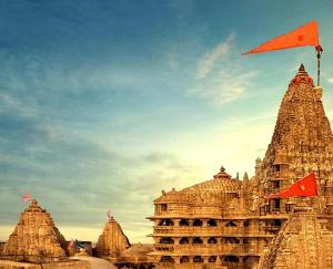 Dwarkadhish temple is considered to be the most beautiful of the three worlds.
