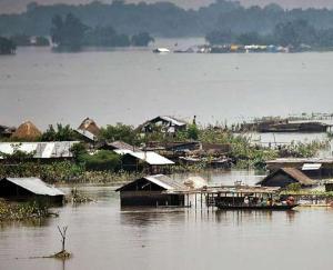 Flood worsens in Assam, two people died