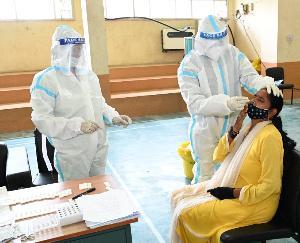 सोलन : नौणी विवि में टीकाकरण और टेस्टिंग को दिया जा रहा बढ़ावा