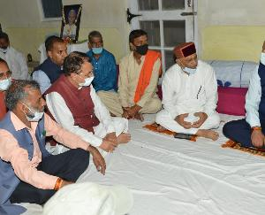 Chief Minister condoles the death of MLA Subhash Thakur's father