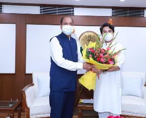 मुख्यमंत्री ने की केंद्रीय नागरिक उड्डयन मंत्री से भेंट
