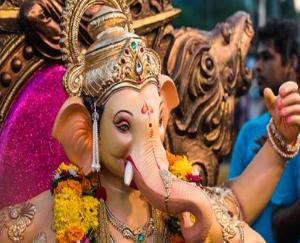 Today is the festival of Ganesh Chaturthi, worship Lord Ganesha like this