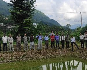 Solan: Farmers were trained on water conservation and micro irrigation