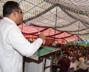 सोलन : संवेदनाशीलता के साथ करें समस्याओं का निपटारा-बिक्रम सिंह, जनमंच में 74 शिकायतें तथा 71 मांगे प्रस्तुत