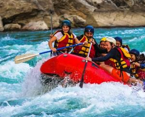 Himachal Pradesh: Tourism business will catch speed, river rafting, paragliding will resume in the state
