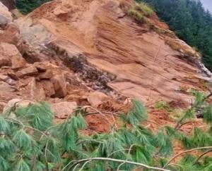 nehru-kund-landslide